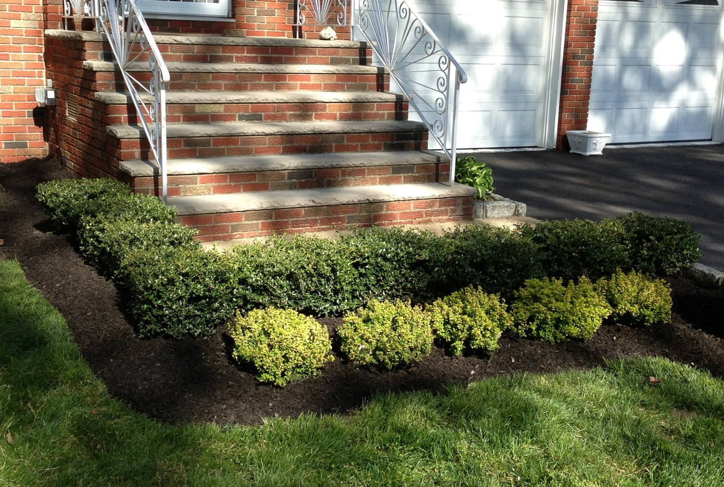 TREES, MULCH, LANDSCAPING , WOODBRIDGE, FORDS